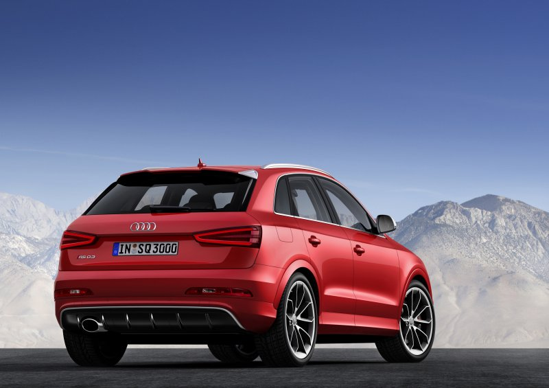audi rs q3 une d clinaison performante pour le suv compact. Black Bedroom Furniture Sets. Home Design Ideas