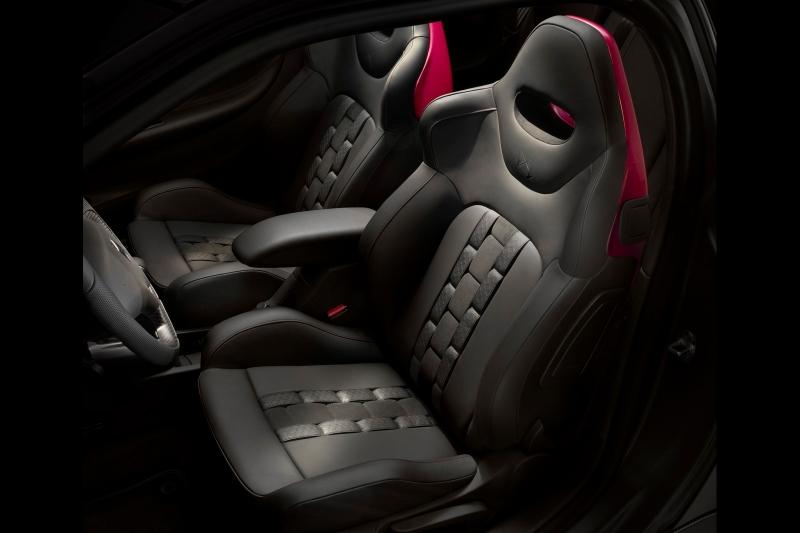 quelques photos de la citro n ds3 racing cabrio. Black Bedroom Furniture Sets. Home Design Ideas