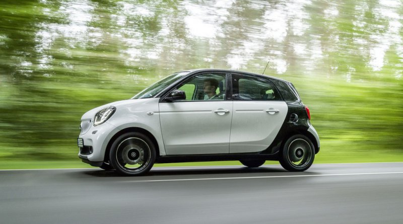 Nouvelle smart fortwo 2014 en attendant renault twingo for Smart interieur