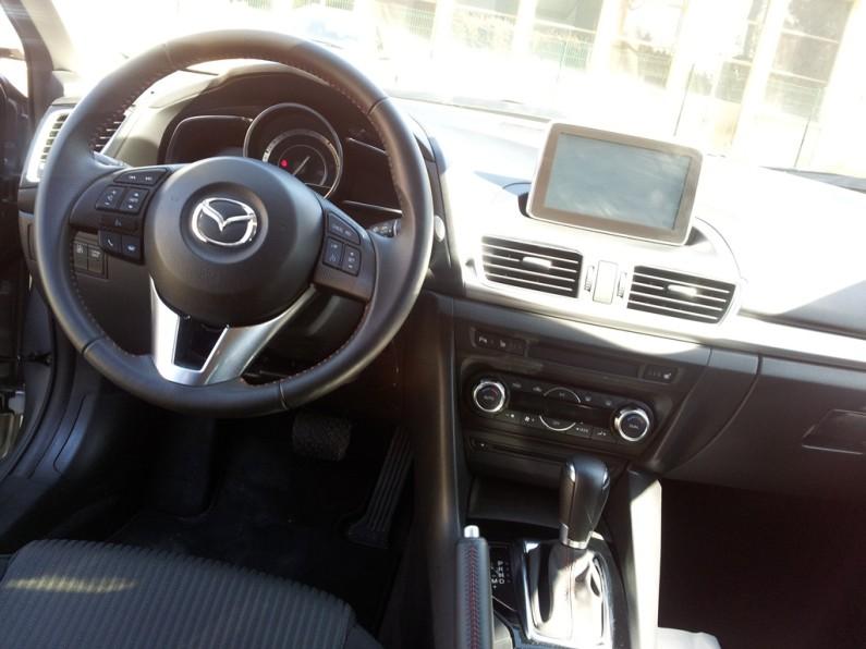 Mazda 3 2.2 SkyActiv-D (10)