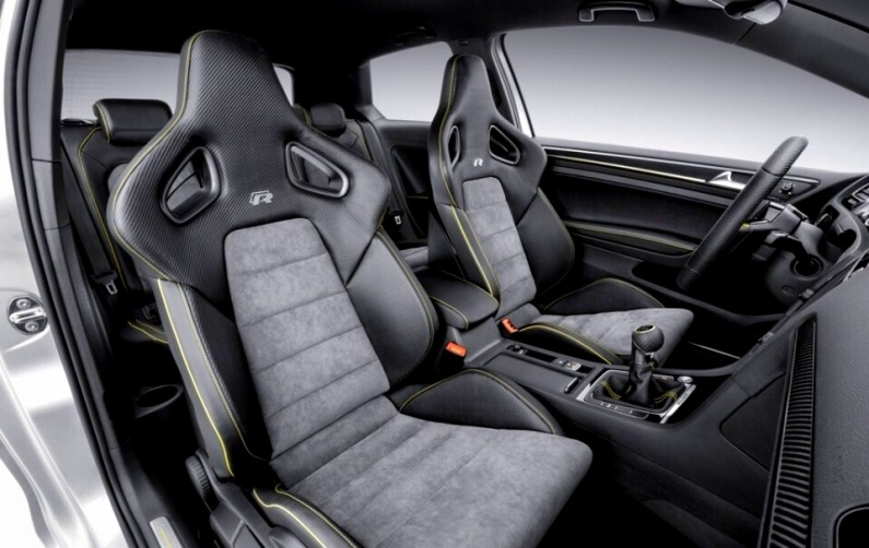 volkswagen-golf-r-400-interieur