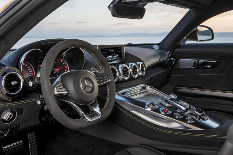intérieur Mercedes AMG GT