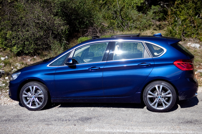 BMW Serie 2 Active Tourer-12