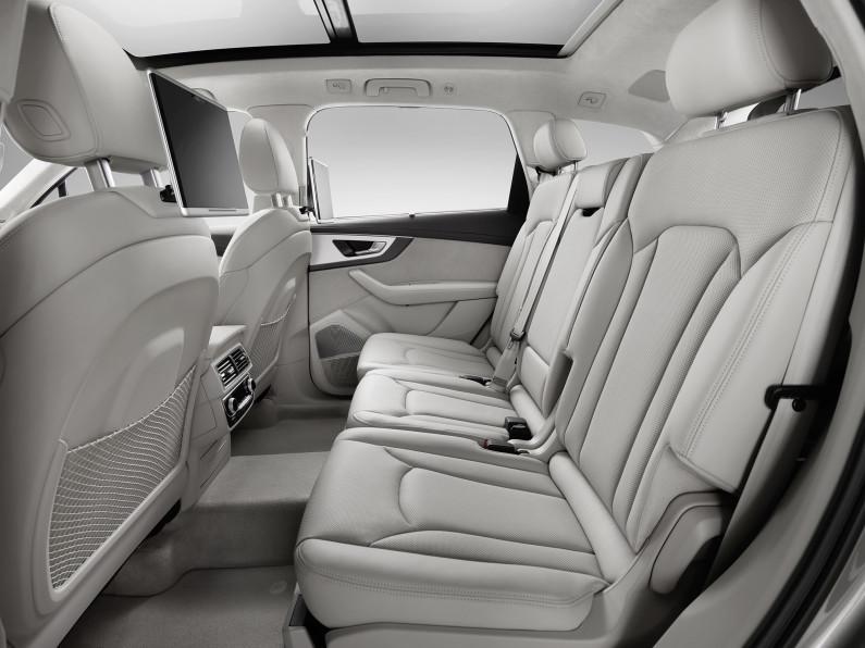 Audi Q7 sièges arrières