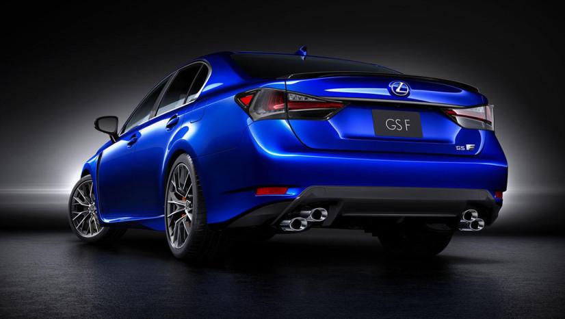Lexus GS F vue arriere