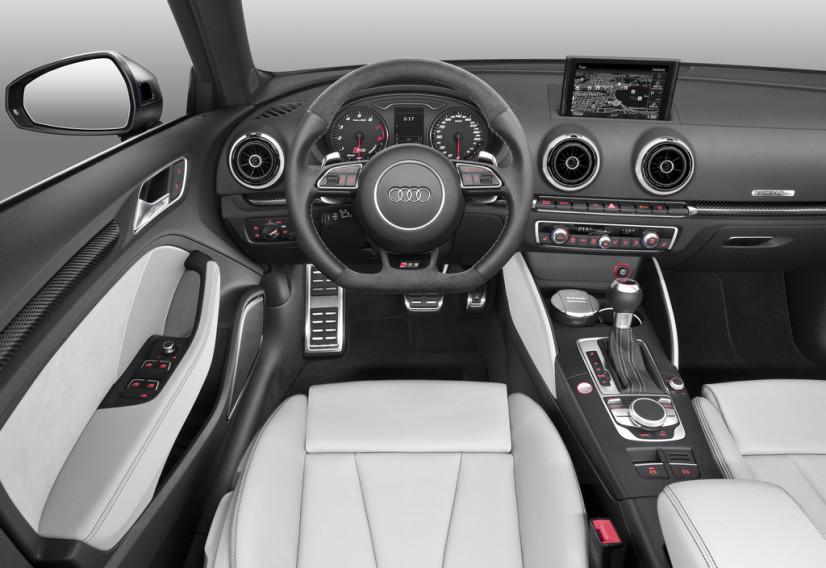 Audi RS3 Sportback intérieur