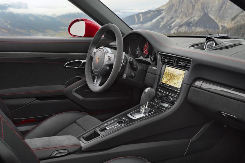911 Targa 4 GTS habitacle