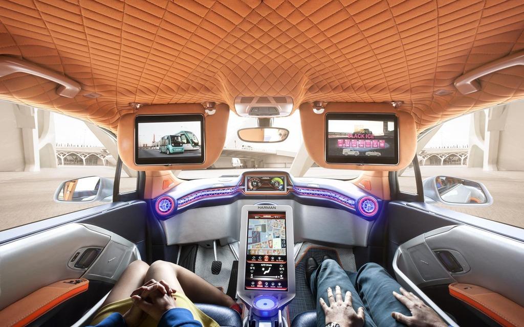 D couvrez la rinspeed budii une voiture autonome suisse for Interieur voiture