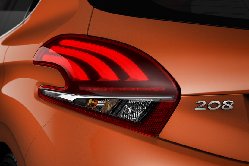 peugeot-208-restylee-2015-griffe-arriere