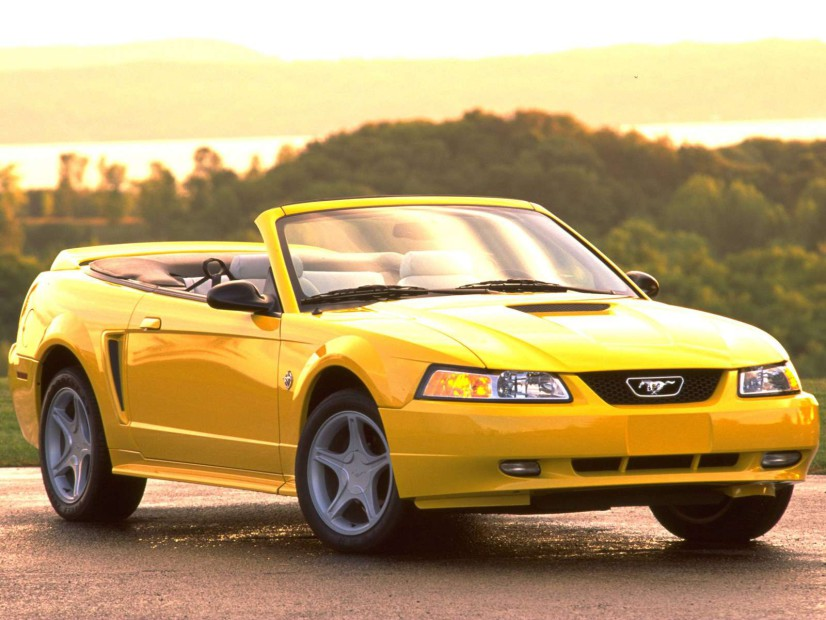 Ford Mustang 1999 cabriolet
