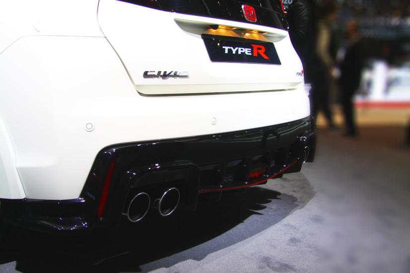 Honda Civic Type R échappement
