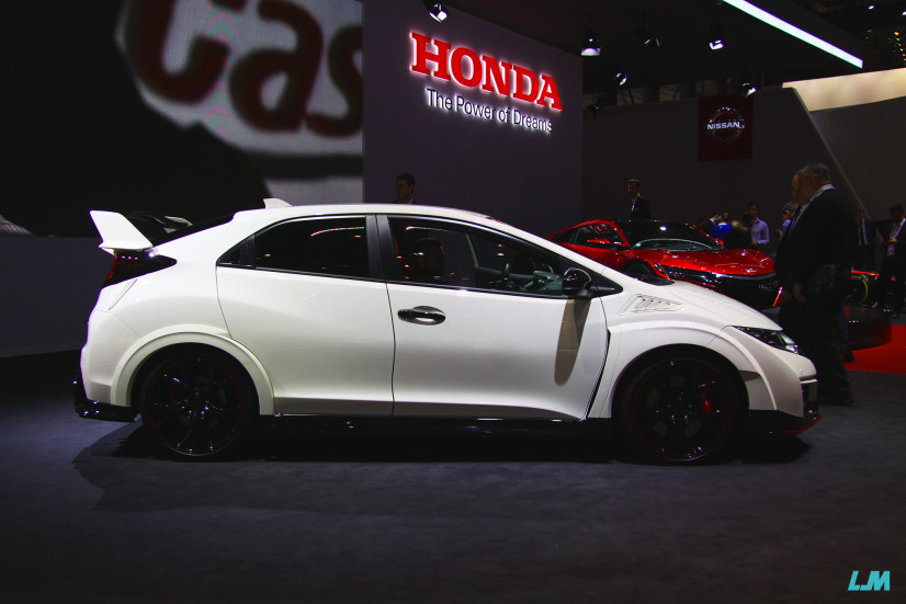 vue de profil Honda Civic Type R