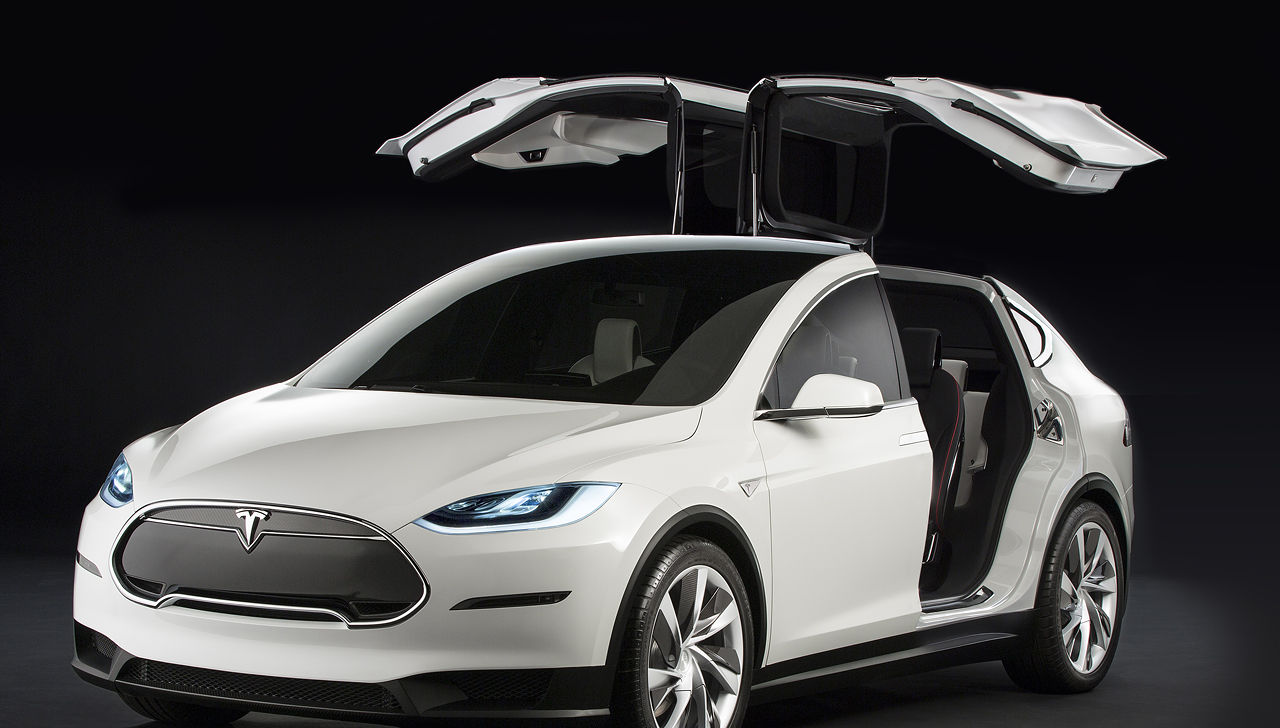 une vid o pour le suv tesla model x. Black Bedroom Furniture Sets. Home Design Ideas