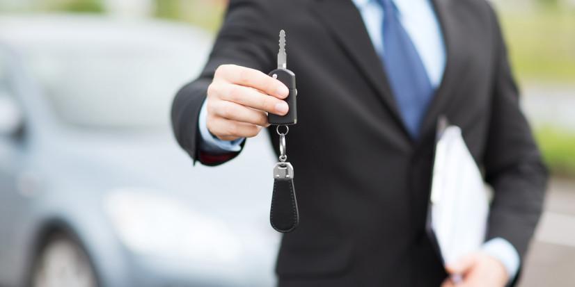 Bien achetez une voiture