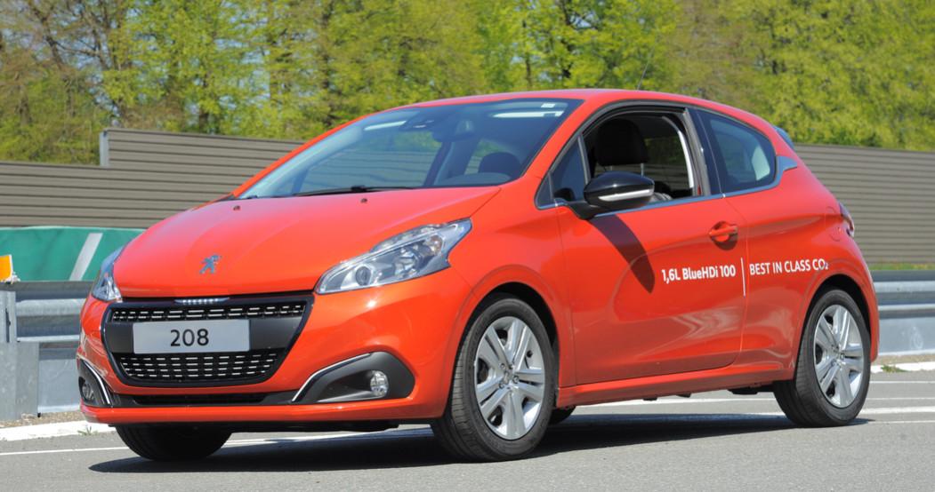 Peugeot 208 record de consommation