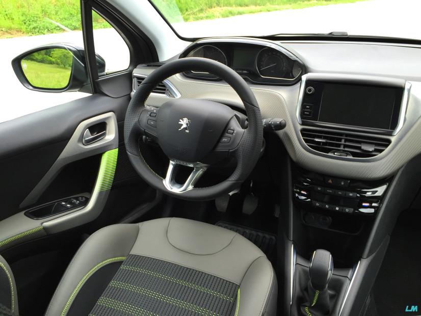 Vue intérieur de la nouvelle Peugeot 208