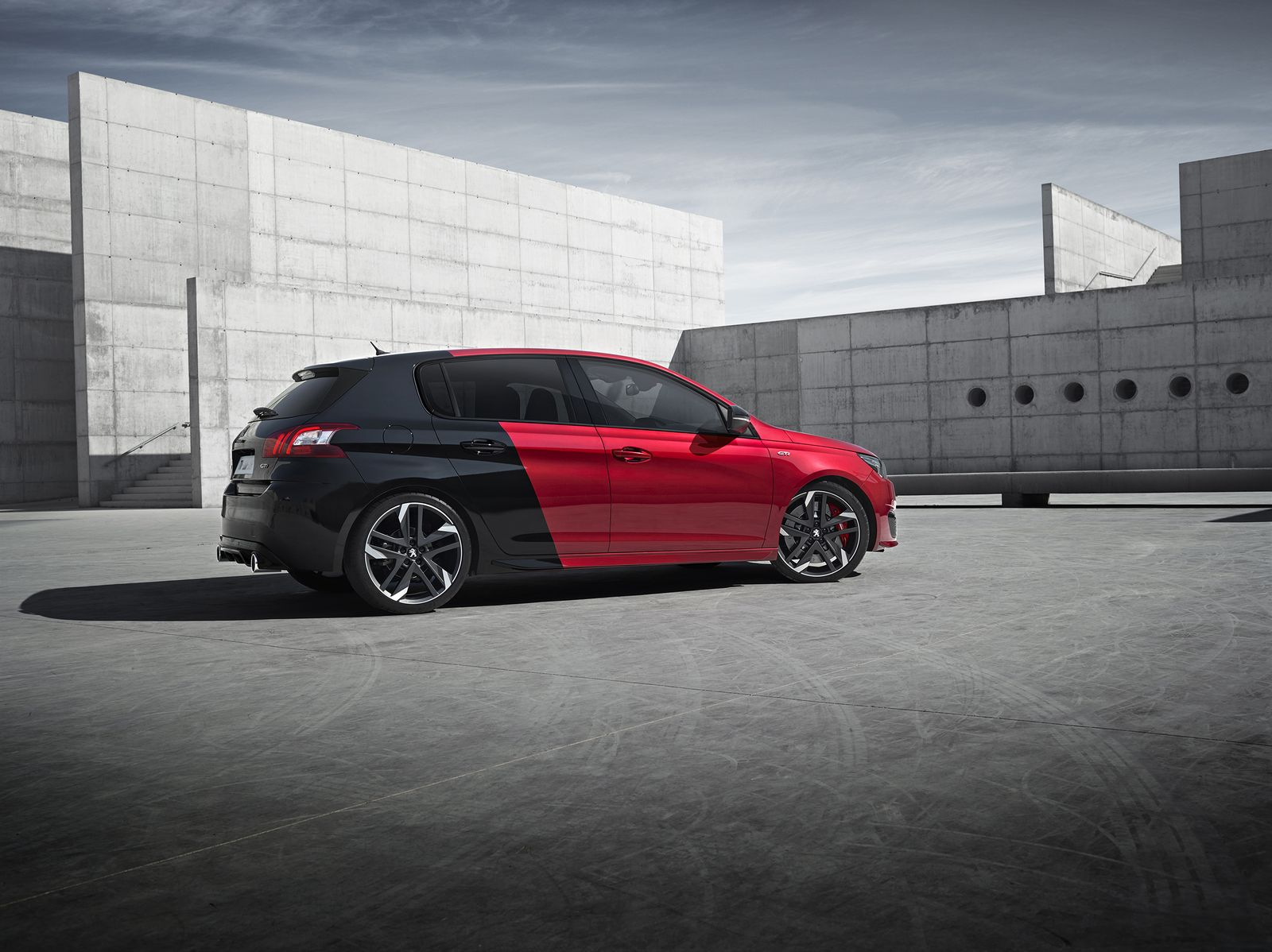 la nouvelle 308 gti by peugeot sport le regain de vogue. Black Bedroom Furniture Sets. Home Design Ideas