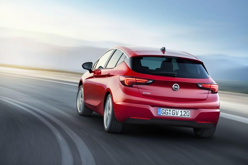Vue arrière Opel Astra 2015