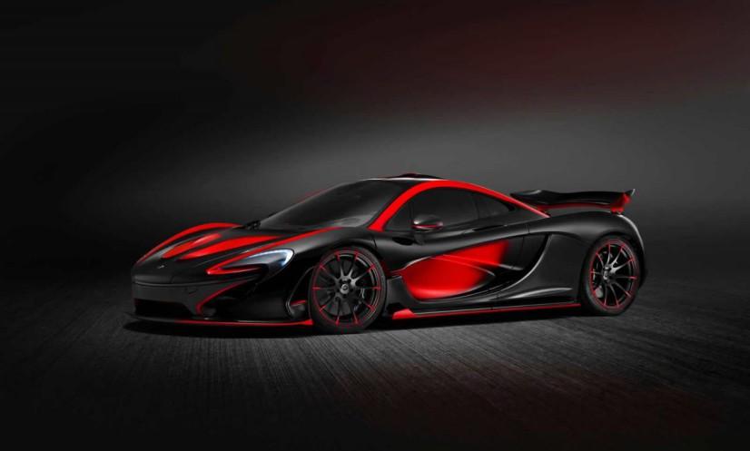 McLaren P1 rouge et noire