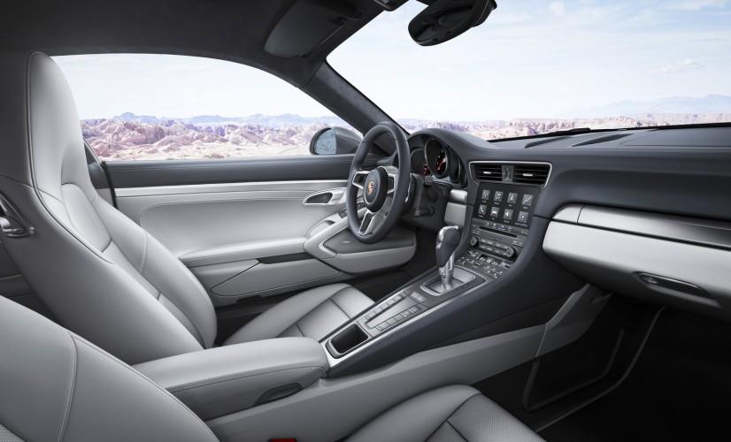 Porsche 911 Carrera S habitacle