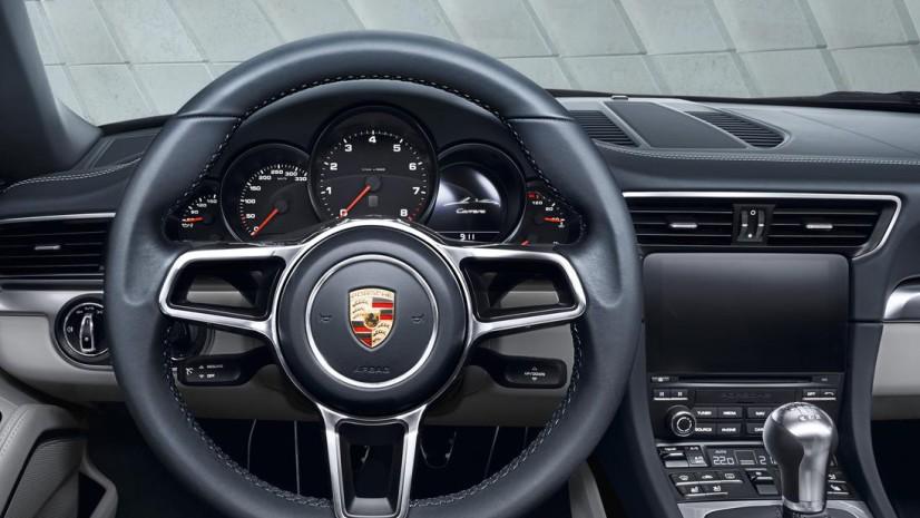 Porsche 911 Carrera S intérieur