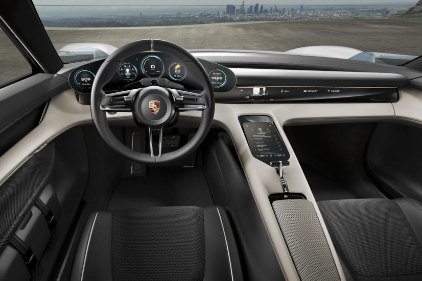 intérieur Porsche Mission E Concept