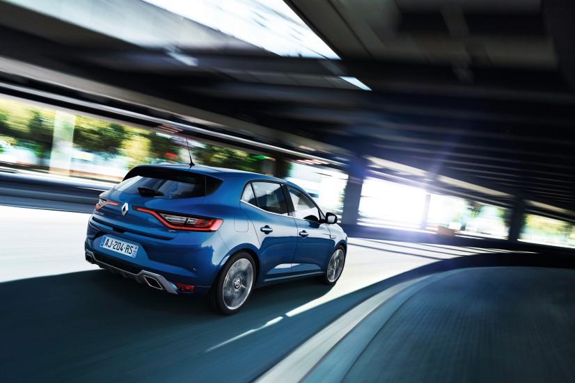 Renault_Megane_2016_GT_profil