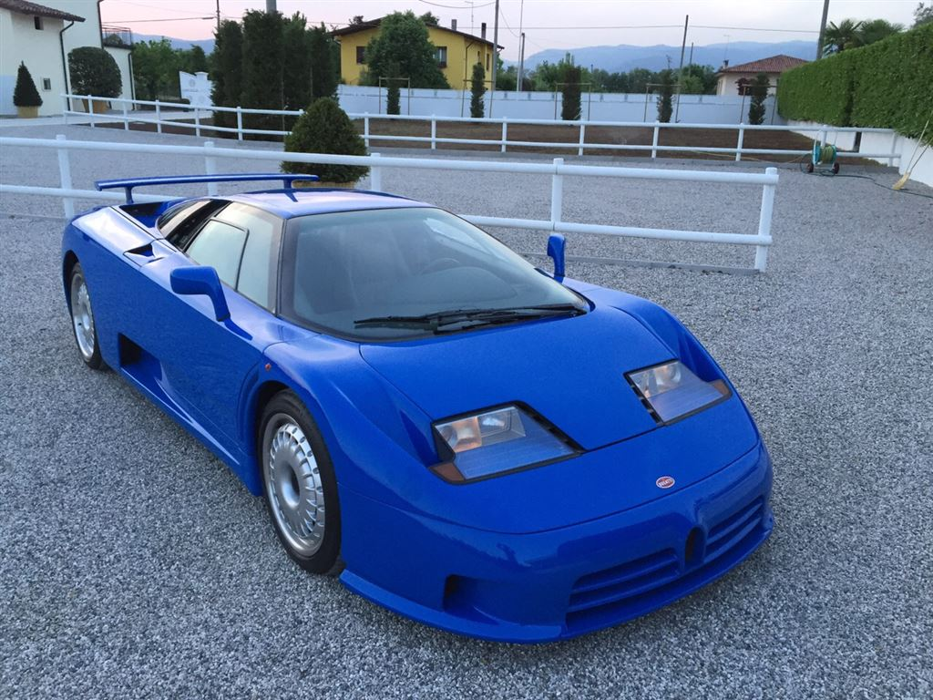une rare bugatti eb110 est vendre. Black Bedroom Furniture Sets. Home Design Ideas