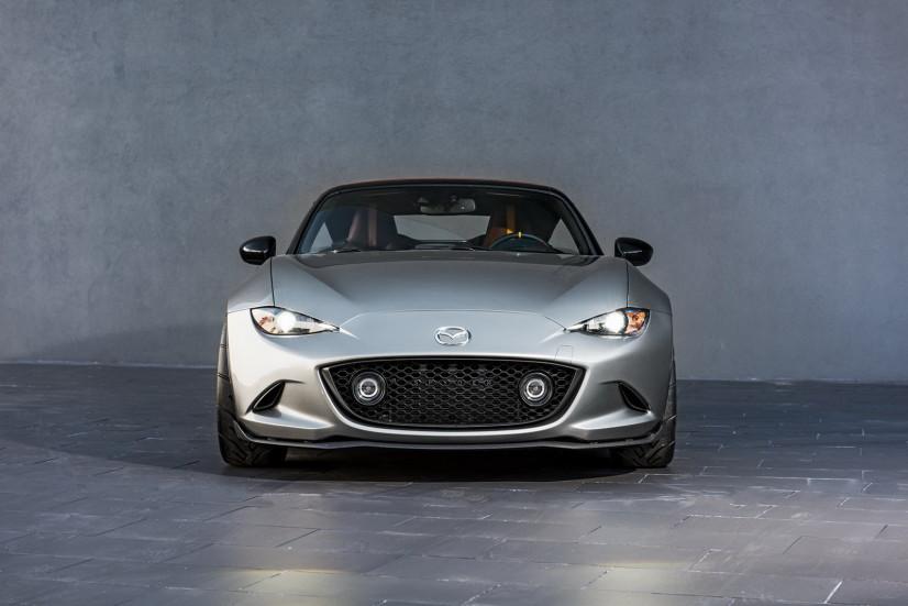 http://www.planete-gt.com/wp-content/uploads/2015/11/Mazda-MX5-SEMA-04.jpg