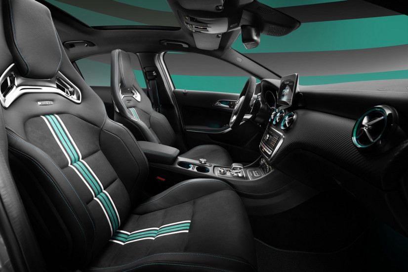 a45_amg_petronas_world_championship_edition_interieur