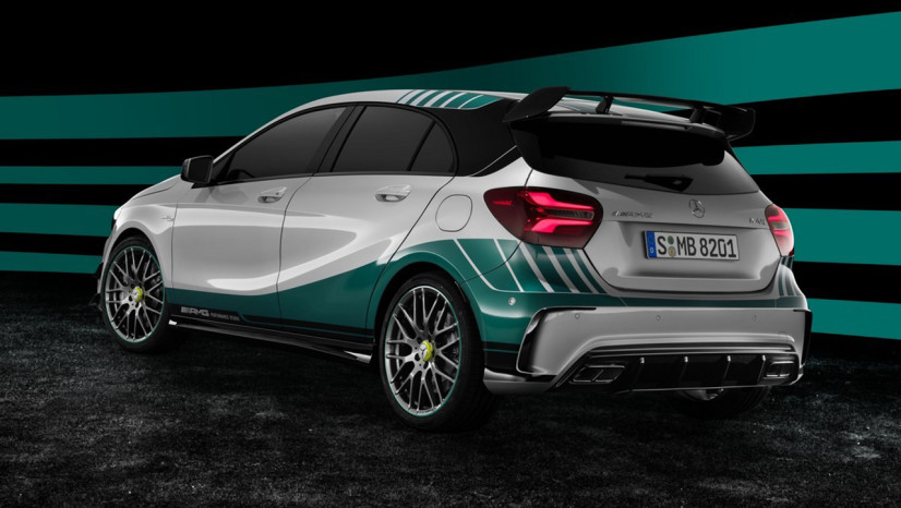 mercedes_a45_amg_petronas_world_championship_edition_arriere