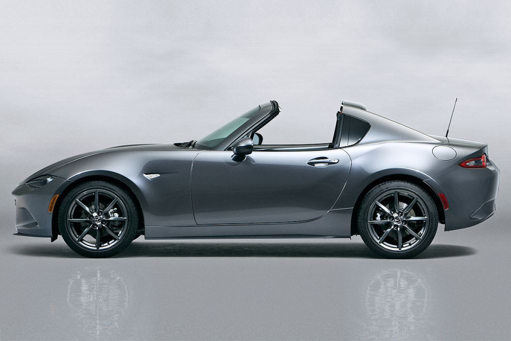 mazda pr sente la mx 5 rf avec toit en dur. Black Bedroom Furniture Sets. Home Design Ideas