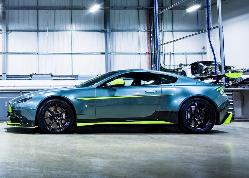 Aston-Martin-Vantage-GT8-02