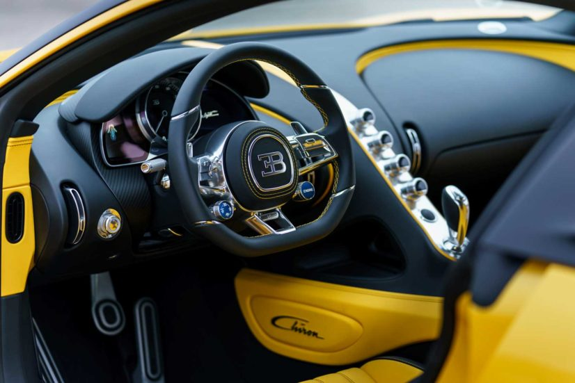 Bugatti Chiron jaune et noire