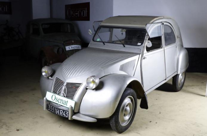 Une 2CV à 75600 euros